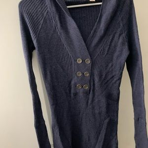 Navy blue fitted sweater